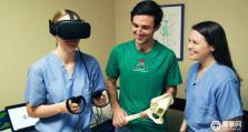 UCLA调查:经VR培训后医生手术测试分数提高130%
